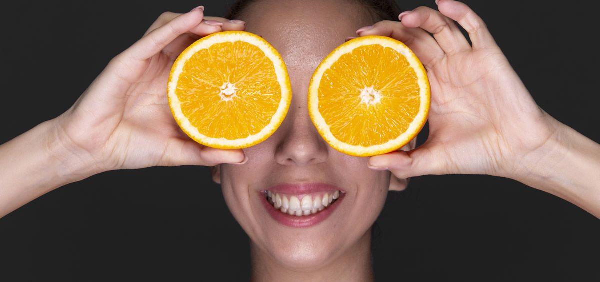 La vitamina C tiene multitud de beneficios para la piel (Foto. Freepik)