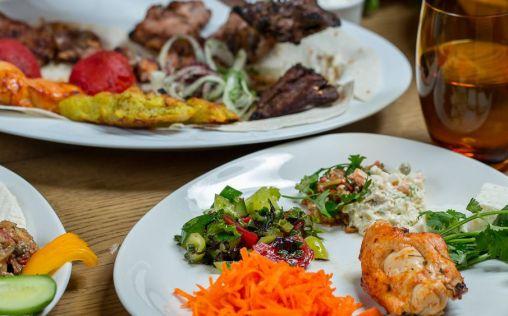Lo que debes comer (y lo que no) por la noche para adelgazar