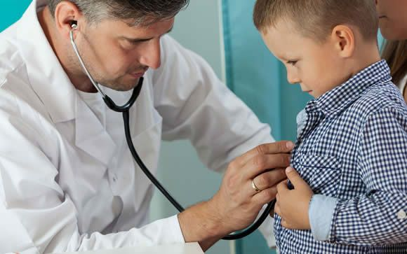 ¿Cómo evitar que nuestros hijos tengan miedo al médico o al dentista?