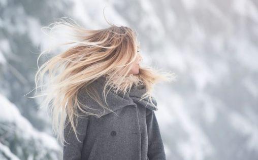 Tips para mantener tu pelo a salvo durante el invierno (y que el frío no haga de las suyas)