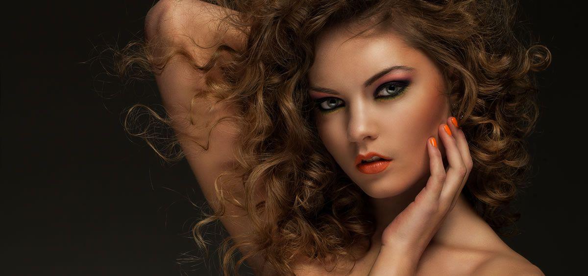 Algunas de las tendencias más relevantes de este nuevo año están relacionadas con un maquillaje de acabado natural (Foto. Freepik)