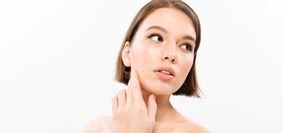 Los aceites pueden ser fieles aliados en las pieles con acné (Foto. Freepik)