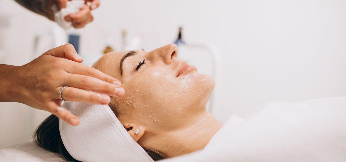 Los tratamientos de belleza que serán clave este 2020 (Foto. Freepik)