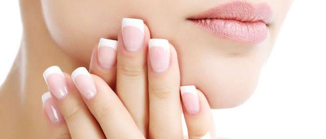 Descubre cómo conseguir unas uñas sanas y bonitas (Foto. Estetic)