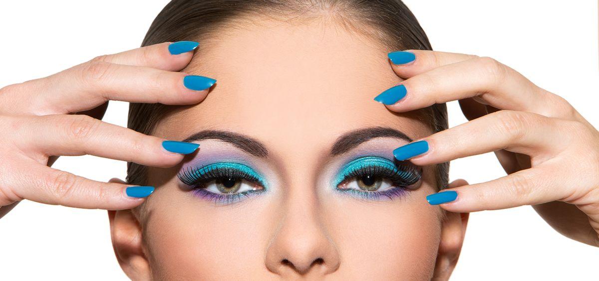 Las tendencias han marcado diferentes estilos para llevar las cejas (Foto. Freepik)