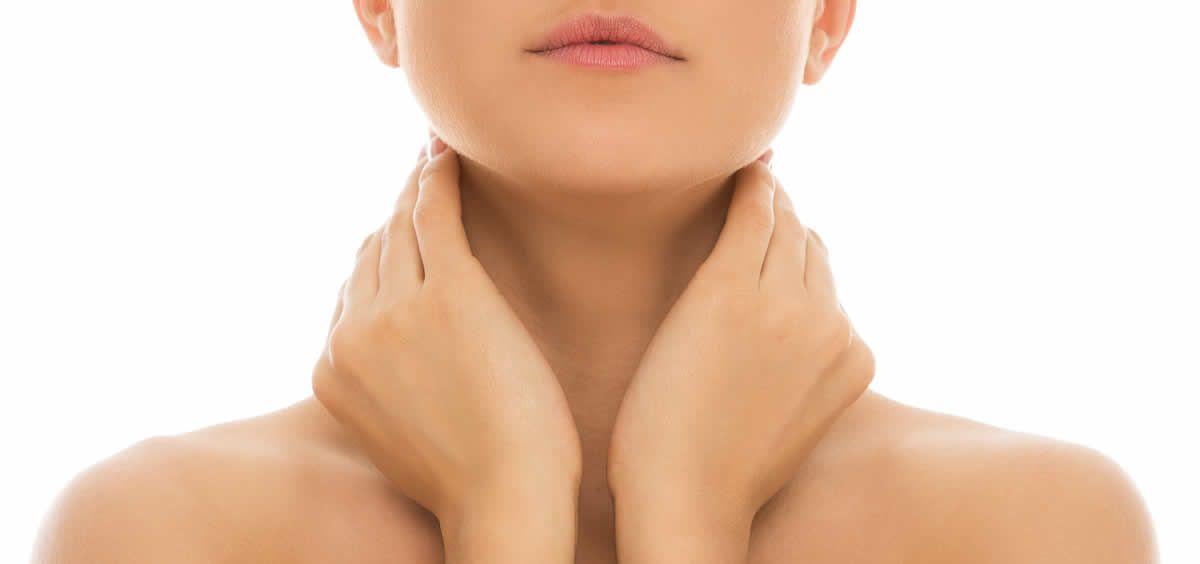 Más del 65% de los españoles sufrió dolores de cuello y de espalda en el último año (Foto. Freepik)
