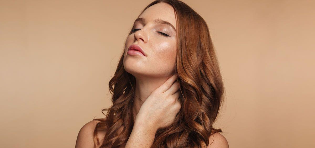 Descubre estos aceites faciales no comedogénicos para combatir el maské (Foto. Freepik)