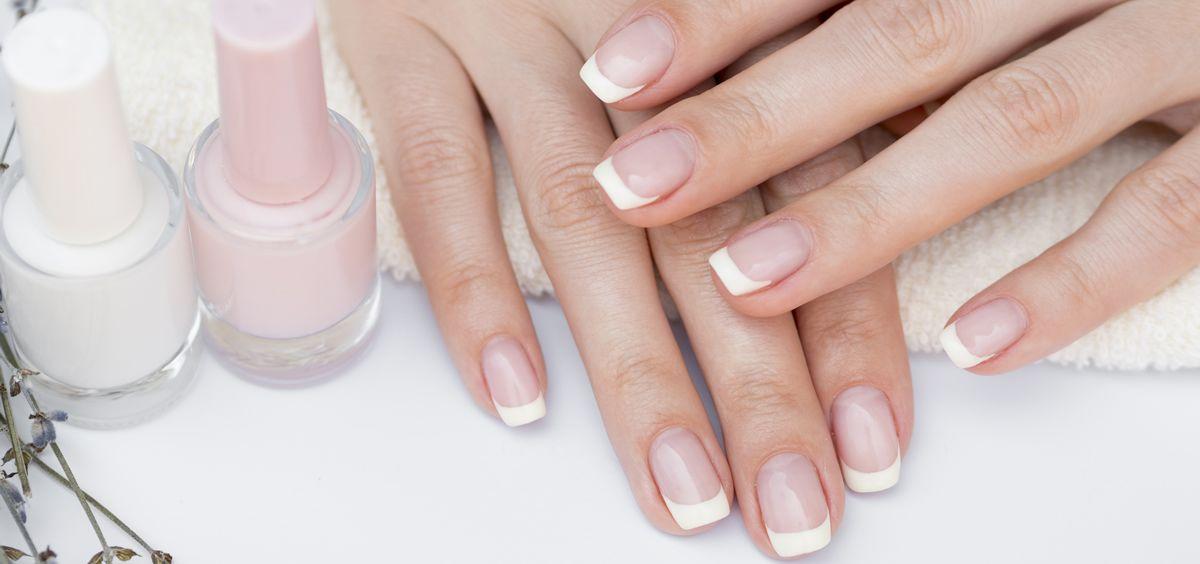 Descubre cómo tener unas uñas perfectas (Foto. Freepik)