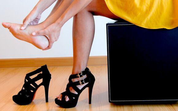 2b1877d1f Unirse los dedos de los pies para llevar tacones, la última (mala) moda en  Internet