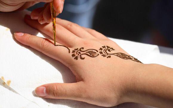 Los tatuajes temporales, condenados por la FDA