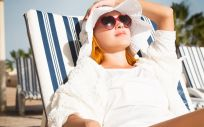 Protege tu piel del sol (Foto. Freepik)