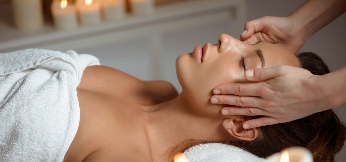 El tratamiento facial para tu piel (Foto. Freepik)
