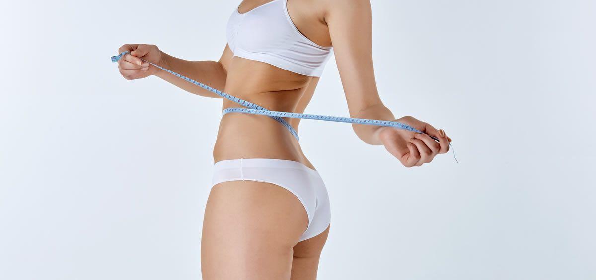 El cuerpo de la mujer acumula más grasa que el cuerpo del hombre (Foto. Freepik)