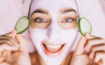 Prevenir y tratar las arrugas con Isdinceutics (Foto. Freepik)