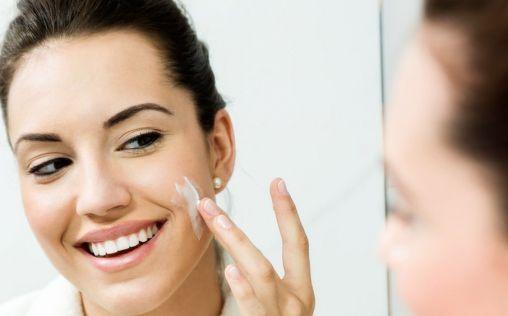 Tres productos básicos para combatir los efectos del frío en la piel