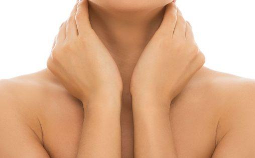 Cuello y escote: cómo cuidar las zonas más olvidadas