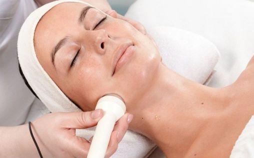Peelings de verano y otros tratamientos estéticos para lucir un rostro radiante