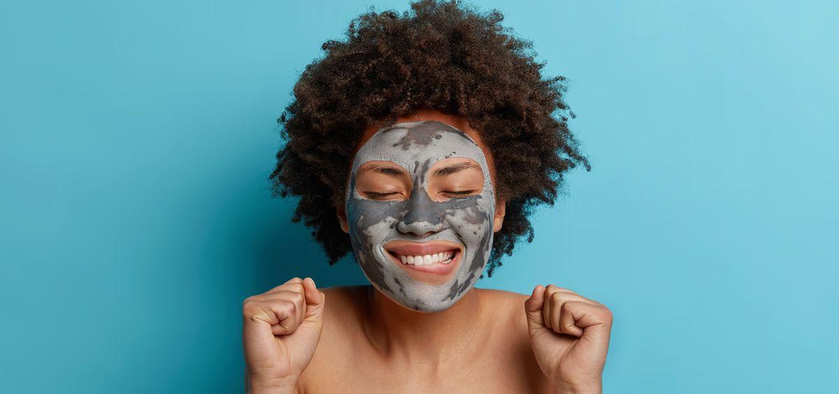 Carbón activo para tu piel (Foto. Freepik)