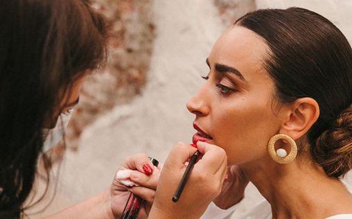 El orden correcto de aplicación de productos para lucir un maquillaje impecable