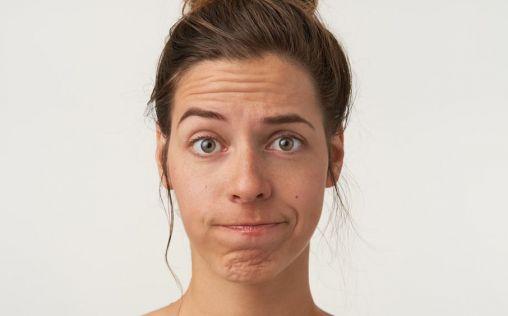 Cómo saber si hay manchas en el rostro a punto de salirte