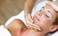 Cómo prevenir las manchas de la piel