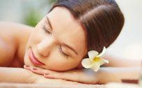 Los productos despigmentantes se encargan de detener esa producción de melanina gracias a componentes que cuidan la piel y evitan irritaciones