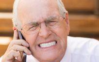El bruxismo puede provocar molestos dolores de cabeza, oído e incluso tensión en las cervicales.