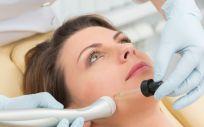 Para mantener el tratamiento, deberá realizarse 1 sesión cada mes durante los 4 siguientes meses para valorar la evolución del paciente