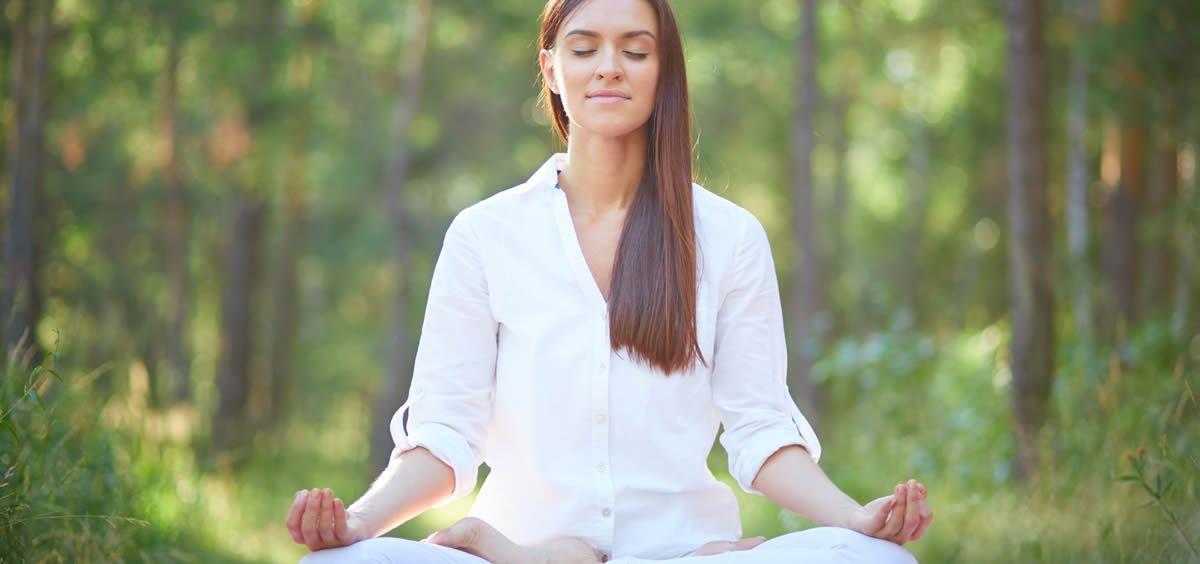Entre el Bikram y el yoga tradicional no hay solo unos grados de diferencia