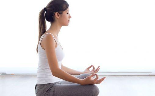 ¿Sabías que practicar Bikram Yoga ayuda a mejorar el aspecto de la piel?