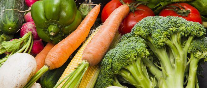Sigue estos cinco consejos para llevar una alimentación equilibrada en verano.
