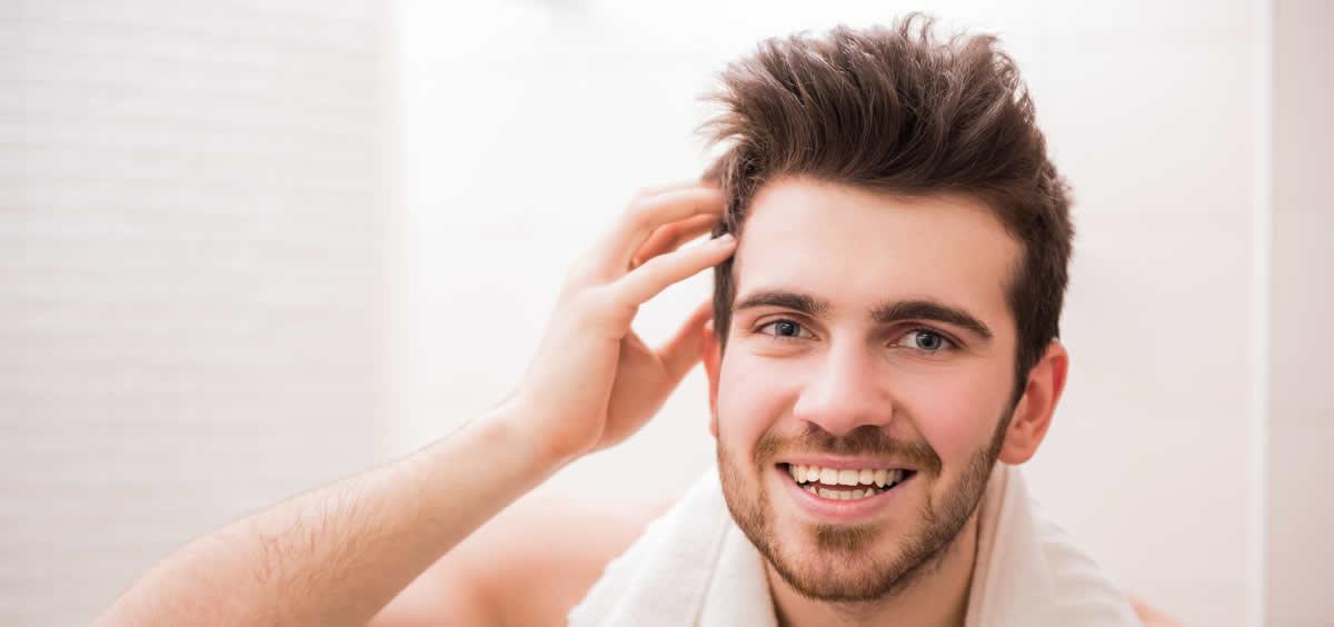 El grado de alopecia de los pacientes que se someten a este procedimiento ronda el grado 3 y 4 de la escala Hamilton Norwood