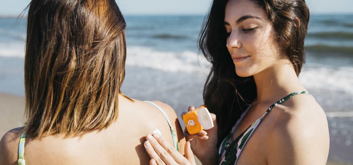 Protegerse la piel es una de las normas básicas para cuidarse