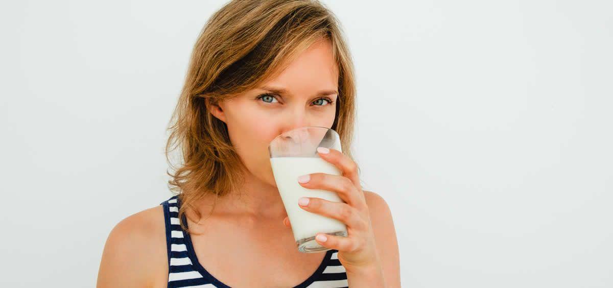 La leche es un alimento indispensable en la dieta diaria ya que es rico en nutrientes y una fuente de proteínas de elevado valor biológico
