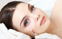 Nanofat ha demostrado tener un efecto muy beneficioso y rejuvenecedor sobre el envejecimiento o la piel dañada