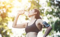 La deshidratación es uno de los grandes peligros al que enfrentarse en verano