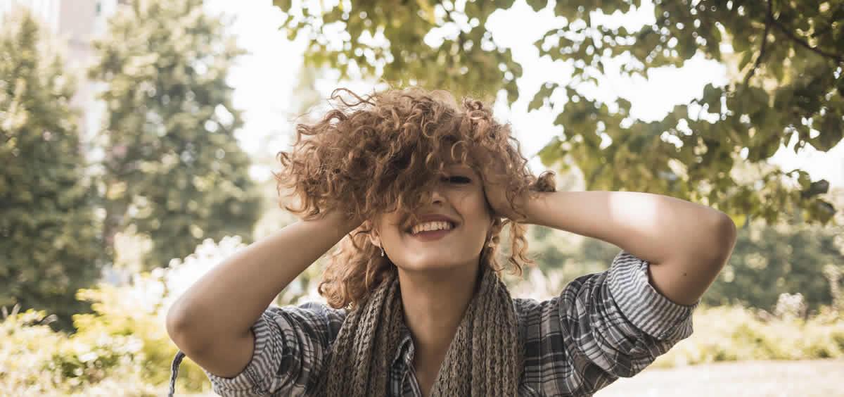 Este ritual devuelve la suavidad y brillo a tu cabello