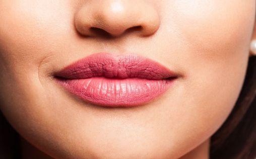 ¿Cómo eliminar las arrugas de los labios?