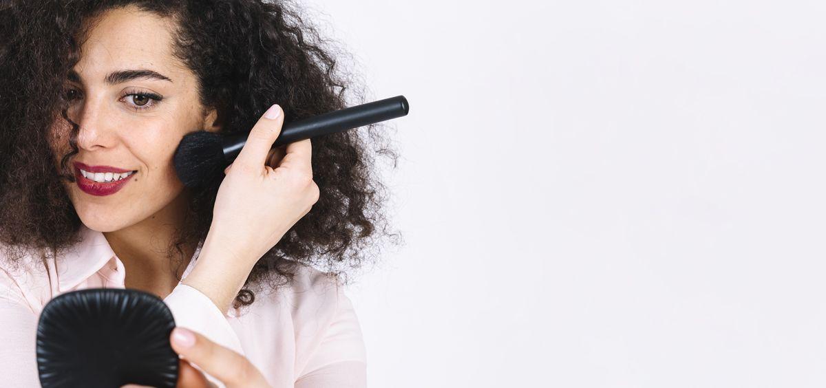 Antes de aplicar el maquillaje hay que seguir unos pasos previos