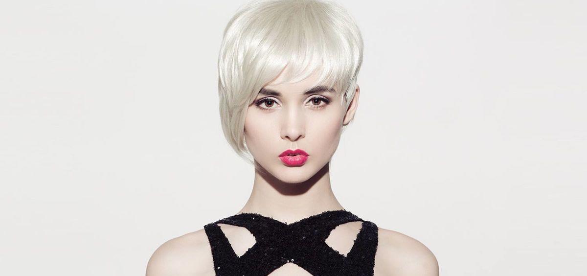 Será tendencia el cabello corto tipo pixie o a la garçon, pero con el flequillo más bien largo