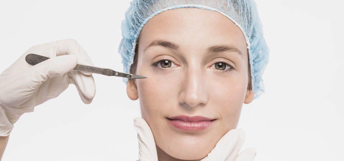 La cirugía estética es una especialidad médica que va ganando cada vez más adeptos