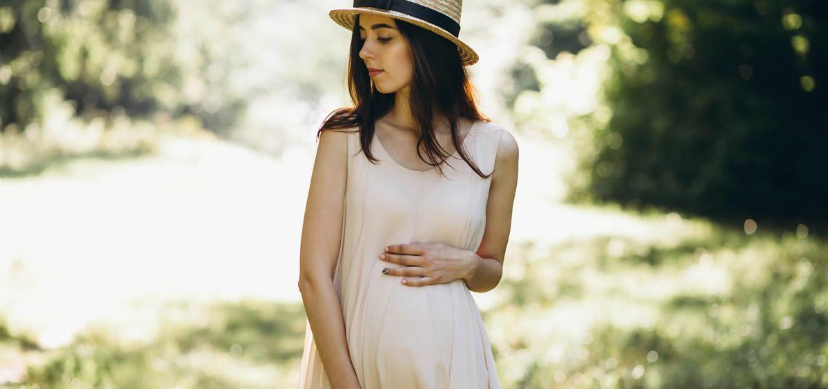 Durante el embarazo se produce una caída temporal del cabello