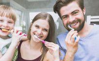 Tener una buena salud dental no significa solo cepillarse los dientes todos los días