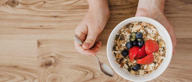 Lo recomendable es comer de 25 a 29 gramos de fibra dietética al día