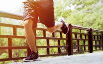 Los profesionales de la podología trabajan día a día para mejorar la salud de los pies de las personas que practican deporte