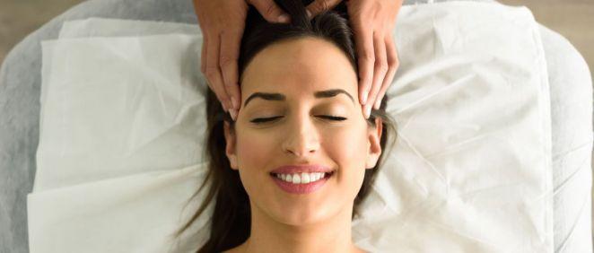 Este tratamiento se realiza en una sola sesión y dura entre año y año y medio