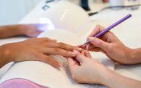 Estamos en el boom del cuidado de las uñas y no paramos de ver como cada vez hay más novedades a la hora de hacerse la manicura