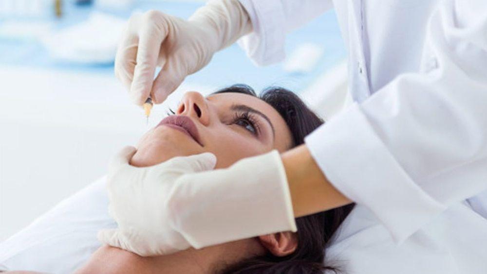 La toxina botulínica o botox y los rellenos con ácido hialurónico despiertan gran interés entre los principales demandantes de medicina estética