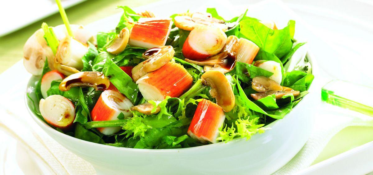 Las ensaladas son perfectas crear platos nuevos e innovar con nuevos sabores