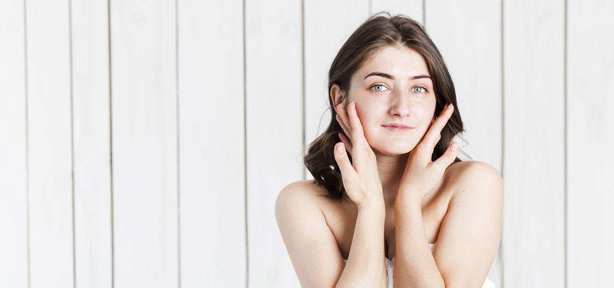 La piel se convierte en la protagonista de nuestra indumentaria, y nada mejor que lucirla sana y radiante